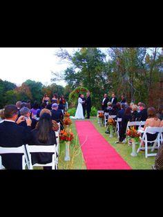 #fallwedding #wedding #weddingflowers #flowers #florist #georgiaflorist #flowers #bride #georgia #freeconsultation #itsyourparty
