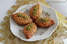 Nefis ve garantili bir Kalburabasti tarifi Turkish Recipes, Ethnic Recipes, Pasta Cake, Bakery Cakes, Middle Eastern Recipes, Iftar, Afternoon Snacks, Dessert Recipes, Desserts