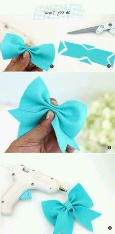 new ideas baby diy sewing homemade gifts children Ribbon Crafts, Felt Crafts, Ribbon Bow Diy, Ribbon Flower, Diy Bebe, Felt Bows, Diy Couture, Diy Hair Bows, Ribbon Hair Bows