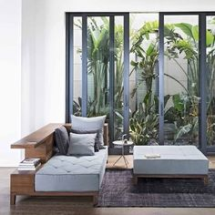 Awesome practical small living dining room 00014 ~ Home Decoration Inspiration Modern Garden Design, Contemporary Garden, Minimalist Garden, Minimalist Home, Furniture For Small Spaces, Outdoor Furniture Sets, Small Living Dining, Small House Garden, Garden Ideas To Make