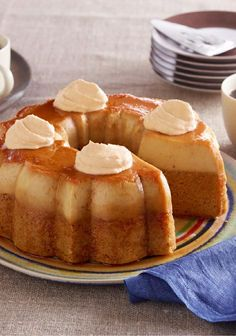 Pumpkin Flan Cake – In this tasty pumpkin hybrid dessert, you get two favorites—cake and flan—in one! Topped with creamy dollops of COOL WHIP Whipped Topping, this recipe is sure to be a hit on your holiday dinner table. Pumpkin Flan Cake Recipe, Flan Recipe, Pumpkin Dessert, Pumpkin Recipes, Dessert Party, Sweet Recipes, Cake Recipes, Dessert Recipes, Fall Desserts