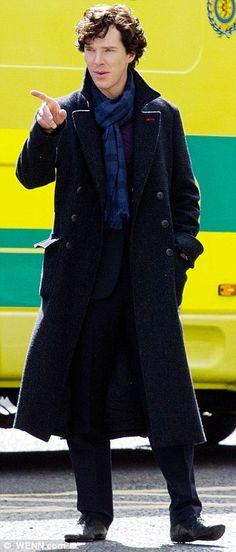 Benedict on the set of Sherlock S3