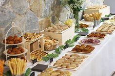https://www.google.es/search?q=decorar una boda rustica con pompones