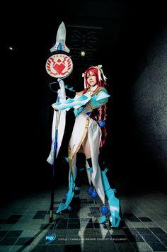 erza_scarlet__lightning_empress_armor_by_fritzfusion-d5azf12.jpg (727×1098)