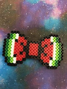 Perfect for summer, a watermelon Hairbow! Please be careful, they are fragile. Easy Perler Bead Patterns, Free Crochet Doily Patterns, Melty Bead Patterns, Perler Bead Templates, Beading Patterns, Pokemon Perler Beads, Diy Perler Beads, Melty Bead Designs, Hamma Beads Ideas