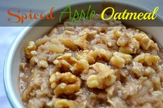 Spiced apple oatmeal #recipe - think #healthy apple pie in a bowl!