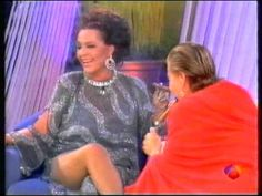 """Sara Montiel y Carmen Sevilla """"Fumando Espero"""". - YouTube"""