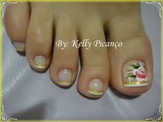 French toe nails with flower French Toe Nails, French Acrylic Nails, Fingernail Designs, Toe Nail Designs, Manicure Y Pedicure, Mani Pedi, Pedicure Ideas, Painted Toe Nails, Feet Nails
