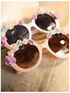 DIY Sunglasses With Flowers | Choies whoooooooooooa @Gentri Green Lee