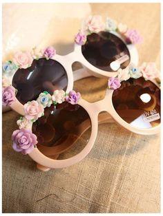 DIY Sunglasses With Flowers | Choies whoooooooooooa @Gentri Green Lee