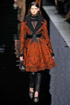 1001 fashion trends: Etro Runway Fall 2012 Ready-to-Wear Collection Parka, High Fashion, Winter Fashion, Milan Fashion, Women's Fashion, Fashion Outfits, Couture Collection, Passion For Fashion, Ready To Wear