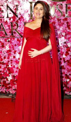 Kareena Kapoor Khan, the sizzling hot Bollywood babe who is expecting her first baby in December, nailed the perfect diva look in a red hot gown, Indian Maternity Wear, Maternity Dresses For Photoshoot, Cute Maternity Outfits, Maternity Gowns, Pregnancy Outfits, Maternity Fashion, Pregnancy Wear, Kareena Kapoor Khan, Trendy Dresses