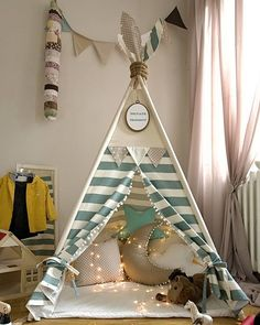 Diy Kids Teepee, Diy Teepee Tent, Teepee Party, Kids Tents, Diy For Kids, Crafts For Kids, Baby Art, Diy Home Crafts, Baby Room Decor