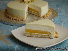 Tarta de Chocolate Blanco, Yogur y Mango - Disfrutando de la comida