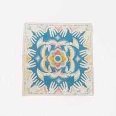 平和のスカーフ - MY FAVORITE (OLD) THINGS - ほぼ日刊イトイ新聞 Napkins, Towels, Dinner Napkins