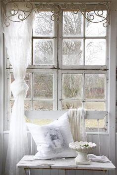 Soft, feminine, romantic...