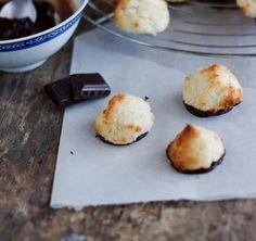 Recette de rochers noix de coco au chocolat ou congolais Biscuit Cookies, Cupcake Cookies, Cupcakes, Churros, Griddle Pan, Macarons, Baked Potato, Christmas Time, Muffins