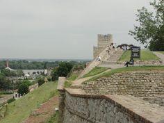 #magiaswiat #serbia #podróż #wakacje #zwiedzanie #europa  #blog #cerkiew #zamek #ruiny #wieża #twierdza #miasto Dolores Park, Sidewalk, Blog, Travel, Europe, Viajes, Side Walkway, Walkway, Blogging