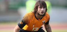 Mattia Perin To Replace Donnaruma At Milan Mino Raiola, Transfer Window, Transfer News, Soccer News, Genoa, Sport Football, Ac Milan, Sports, Hs Sports