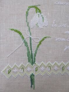 Decoration objects – Snowdrops ring softly and quietly …. Cross Stitch Rose, Cross Stitch Flowers, Cross Stitch Designs, Cross Stitch Patterns, Christmas Perler Beads, Journal Covers, Embroidery Stitches, Fiber Art, Designer
