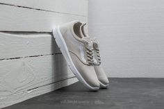 32 Best Shoes images | Shoes, Me too shoes, Sneakers
