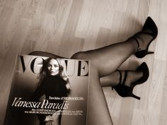 Talons - Noir - VOGUE Paris