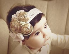 An Adorable headband for toddlers.