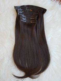 Prémium Csokoládébarna csatos póthaj ❤️ 😍 Hosszú élettartamú, több évig gyönyörű, puha lágy prémium minőségű 😍 40-60cm hosszig 😍 Kapható még az alábbi változatokban: Damilos póthaj, felcsatolható lófarok copf, tresszelt haj, tincsezett haj  Megrendelhető webshopon házhozszállítással: csatospothaj.hu/webshop Viber: +36303898828   #csokoladebarna #csatospothaj #csatospóthaj  