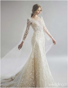 White Lace Wedding Dress, Classic Wedding Dress, Wedding Dress Sleeves, Colored Wedding Dresses, Bridal Wedding Dresses, Dream Wedding Dresses, Lace Dress, Ombre Prom Dresses, Weeding Dress