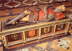 Tomb effigy of Robert Curthose (1054 - 1134), son of William the Conqueror,  in Gloucester cathedral. Eldest son of William I & Matilda of Flanders. Robert and his father did not get along leading William to want to disinherit Robert. He gave Robert the Duchy of Normandy & gave England to his second son, William Rufus.