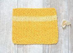 Easy Knit Waschloth Pattern - Sunshine Washcloth – Mama In A Stitch