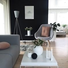 The beautiful living room of @tonemelbo 👈🏻 Cooee Ball vases are available online ✨ . #livingroom #livingroomdecor #nordichome #nordicinspiration