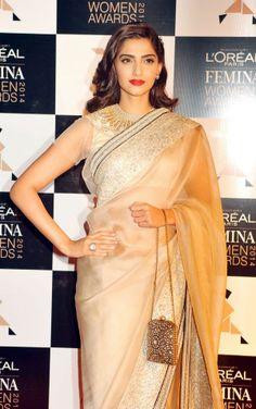 Sonam Kapoor at the L'Oreal Paris Femina Women Awards 2014. #Style #Bollywood #Fashion #Beauty