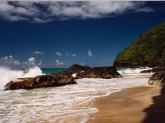 Honopu Beach Kauai Hawaii best panorama - http://www.facebook.com/625425274262212/posts/626537160817690