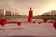 Brasília vira cenário de comercial internacional de perfume - http://noticiasembrasilia.com.br/noticias-distrito-federal-cidade-brasilia/2015/09/11/brasilia-vira-cenario-de-comercial-internacional-de-perfume/
