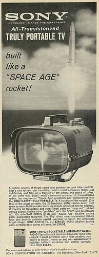 "atomic-flash: ""Sony All-Transistorized Portable TV, Built Like a 'Space Age' Rocket (Advert Detail) ~~ Published in Ebony, April 1962 (via classic_film) "" Radios, Vintage Advertisements, Vintage Ads, Vintage Space, Portable Tv, Hi Fi System, Cinema Camera, Retro Futuristic, Old Ads"