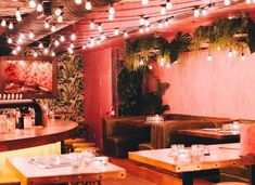 12 Hidden Restaurants In Toronto You Need To Discover - Narcity Source by JLNande Toronto Bars, Toronto Life, Visit Toronto, Best Restaurants In Toronto, Unique Restaurants, Toronto Nightlife, Toronto Travel, Toronto Vacation, Ontario Travel