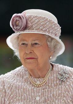 Queen Elizabeth, June 7, 2014 in Angela Kelly   Royal Hats. She is wearing the rarely seen Irish Blossom Brooch.