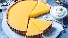 Εύκολα γλυκά με πορτοκάλι: 3 φανταστικές συνταγές Tart Recipes, Wine Recipes, Sweet Recipes, Köstliche Desserts, Delicious Desserts, Yummy Food, Sweet Pie, Sweet Tarts, Tart Filling