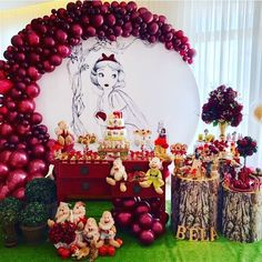 What a Beautiful Party İdea 🎈 Do You Like This party organization ? Tag Your Friends Who'd Love This❗️🥰 , Save this amazing organization 🎉 White Party Decorations, Girl Baby Shower Decorations, Balloon Decorations, Birthday Party Decorations, Party Themes, Snow White Party Ideas, Ideas Party, Schnee Party, Party Kulissen