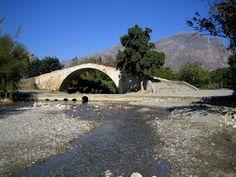 Venetian Bridge Short Drive Over Mnts
