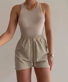 Lazy Outfits, Cute Comfy Outfits, Mode Outfits, Short Outfits, Stylish Outfits, Summer Outfits, Girl Outfits, Fashion Outfits, Layered Outfits