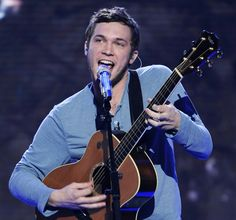 Phillip Phillips.