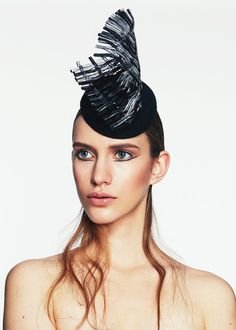 Woven Perspex Percher | Label: Keely Hunter  Millinery | Autumn/Winter 2014, Thermal Bridge Collection | Bridging her signature style with winter textures, Hunter mixes clean design with structural knits and fabrics to create a collection defined by its strong sense of warmth and protection
