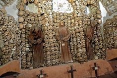 5 Terrifying Photos of The Haunted Capuchin Crypt