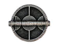 SALE 12 Wicker Shield Metal Shank Buttons 7/8 inch by ButtonJones, $12.00