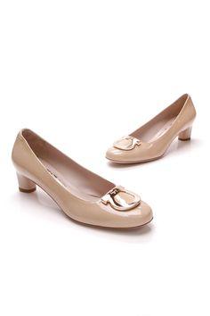 5740608f9ef1 Salvatore Ferragamo Distinta Kitten Heels - Beige Patent
