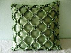 Jasmine flower cushion, smocking