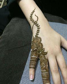 Khafif Mehndi Design, Finger Henna Designs, Simple Arabic Mehndi Designs, Henna Art Designs, Mehndi Designs For Girls, Mehndi Designs For Beginners, Modern Mehndi Designs, Mehndi Design Pictures, Mehndi Designs For Fingers