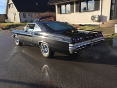 Classic Cars – Old Classic Cars Gallery Chevrolet Chevelle, Chevrolet Impala, General Motors, Vintage Cars, Antique Cars, Automobile, Volkswagen, Toyota, Sweet Cars